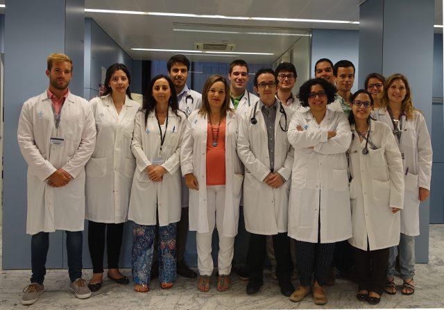 Los Residentes del Servicio de Oncología de Vall d'Hebron junto a sus tutoras (año 2016)