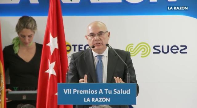 Dr. Tabernero en los premios A tu Salud de La Razón